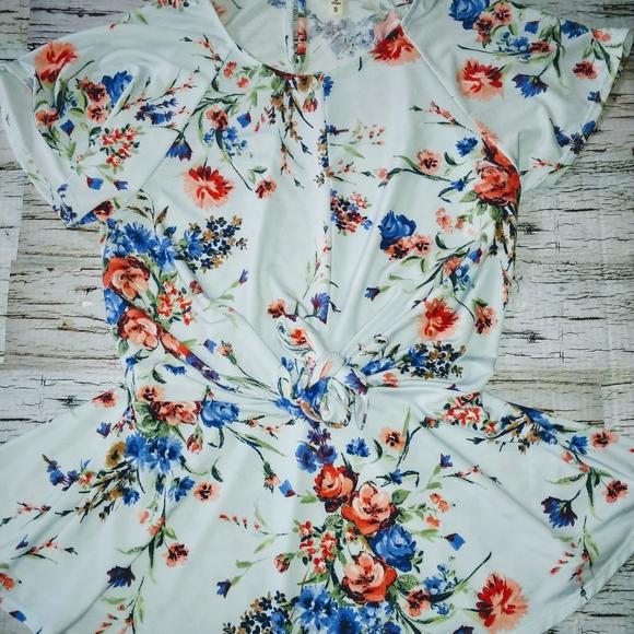 🍋Faith and Joy Summer Floral Tie Waist Sz Sm